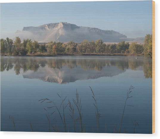 Foggy Morning - Scottsbluff Monument Wood Print