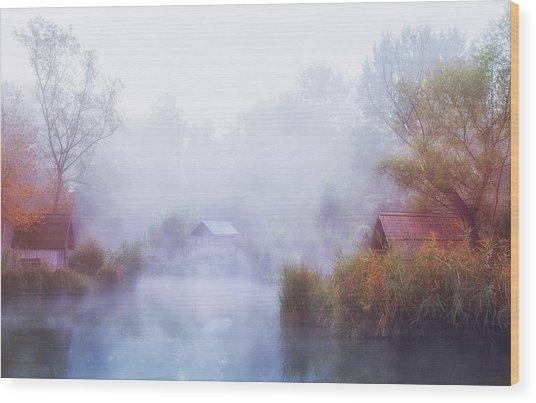 Foggy Mornings On The Lake Wood Print