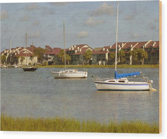 Folly Beach Boats Wood Print