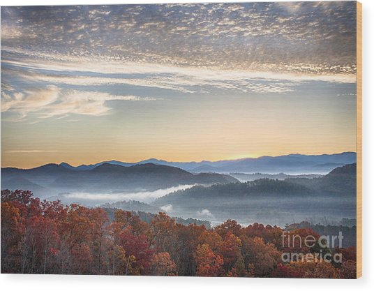 Foothills Parkway Fall Morning Wood Print