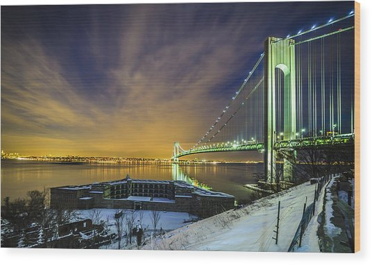 Fort Wadsworth And Verrazano Bridge Wood Print