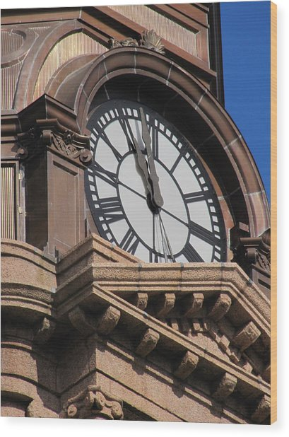 Fort Worth Texas Courthouse Clock Wood Print