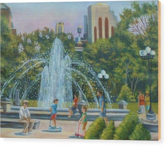 Fountain At Washington Square Park New York Wood Print