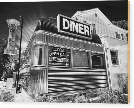 Freehold Diner New Jersey Wood Print
