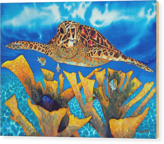 Friendly Hawksbill Sea Turtle Wood Print