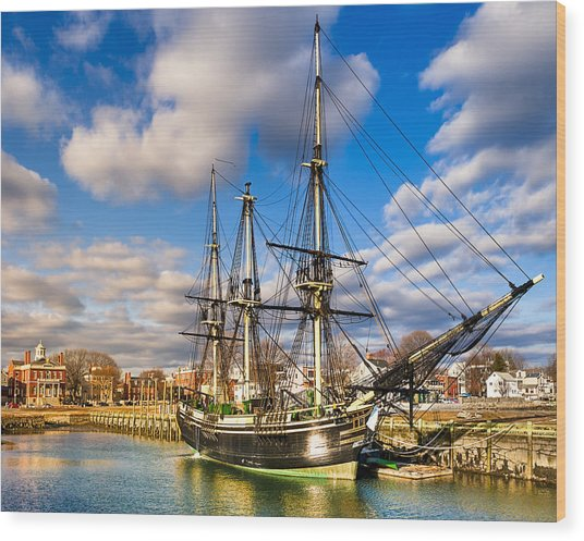 Friendship Of Salem At Harbor Wood Print