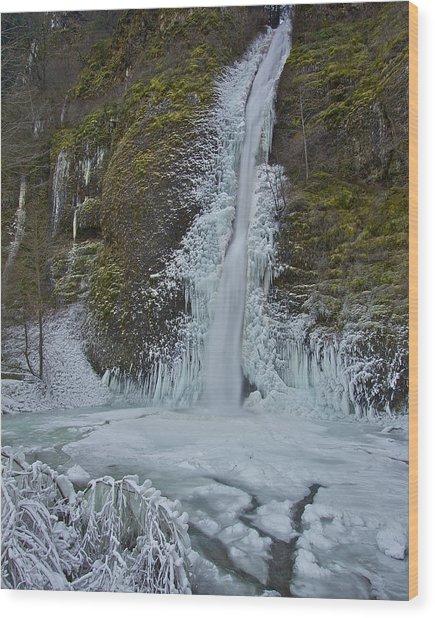 Frozen Horsetail Falls 120813a Wood Print
