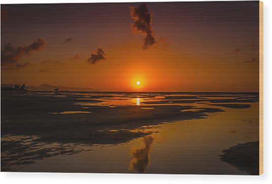 Fuerteventuera Beach Sunrise Reflections Wood Print