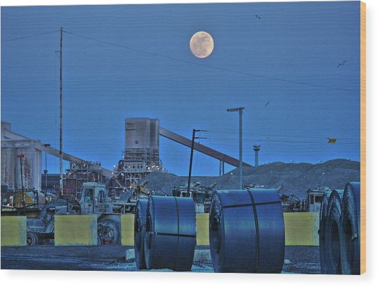 Full Moon And Steel Coils Wood Print by Al Shields