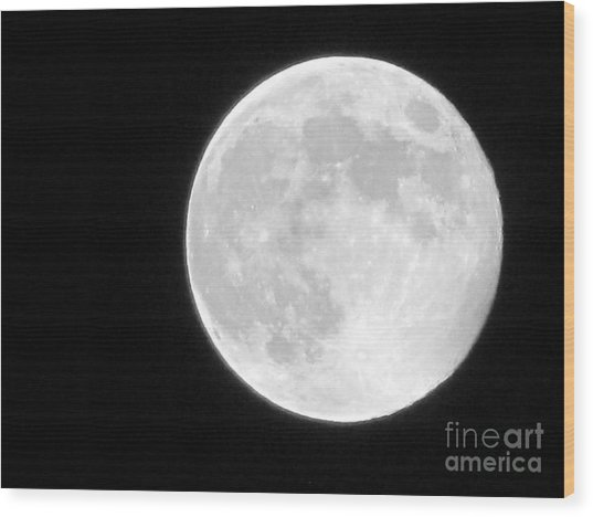 Full Moon Wood Print by Gayle Melges