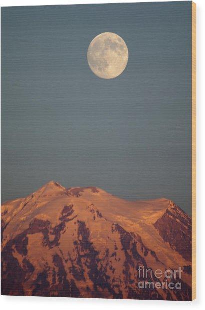 Full Moon Over Mount Rainier Wood Print