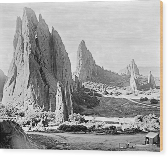 Garden Of The Gods 1915 Wood Print
