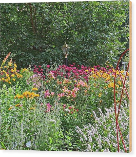Gardens 109 Wood Print by Patsy Pratt