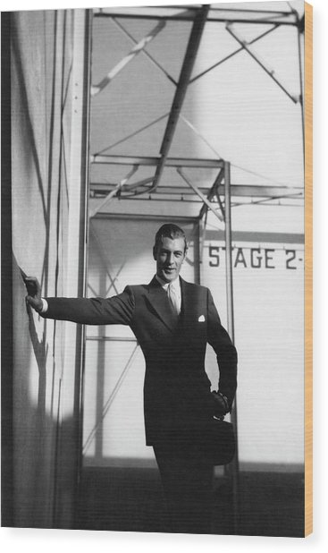 Gary Cooper Leaning On A Wall Wood Print