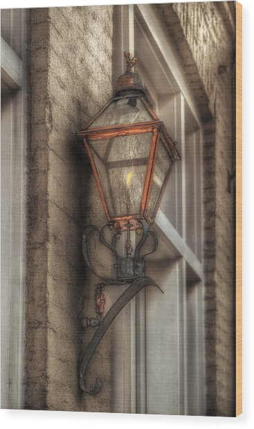 Gas Light Of New Orleans Wood Print
