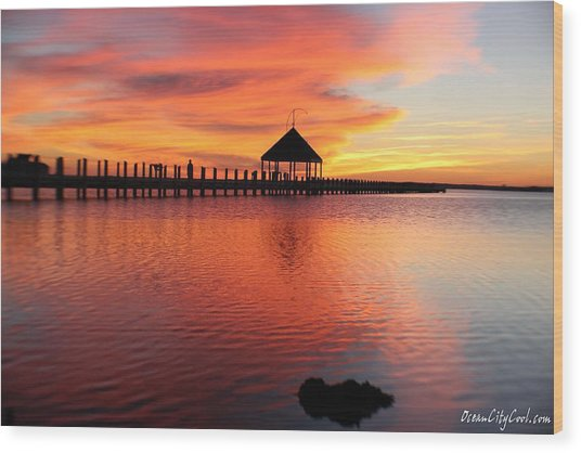 Gazebo's Sunset Reflection Wood Print