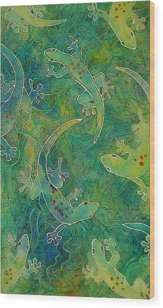Gecko Magic Wood Print