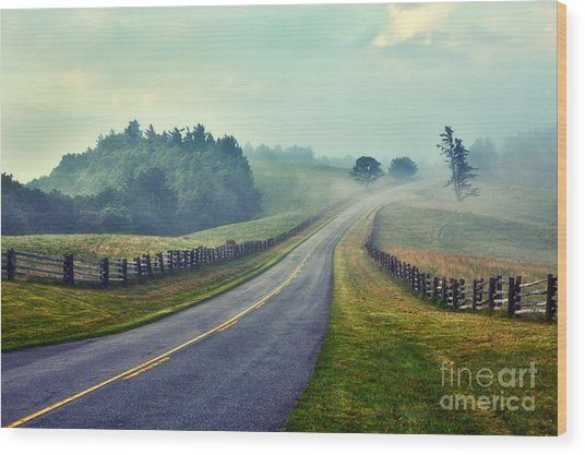 Gentle Morning - Blue Ridge Parkway II Wood Print