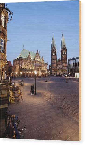 Germany, Bremen,  View Of Town Hall At Wood Print by Westend61