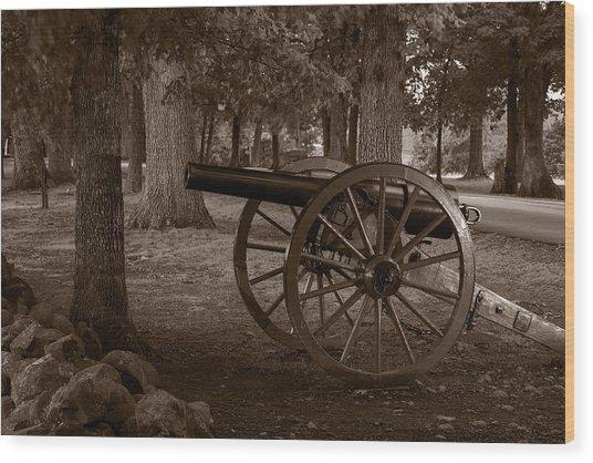 Gettysburg Cannon B W Wood Print
