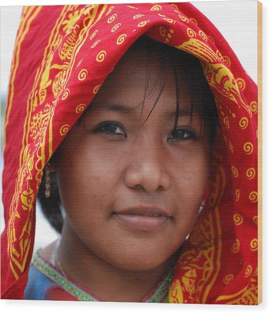 Girl From Panama Wood Print