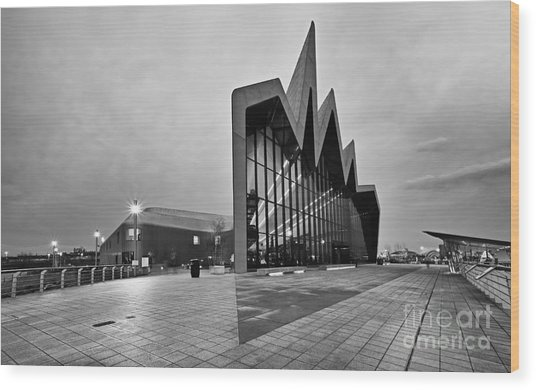 Glasgow Riverside Transport Museum Wood Print