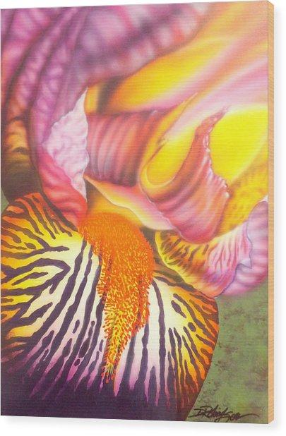 Glavis Iris Wood Print