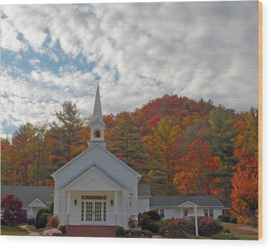 Glenville In Autumn  Wood Print