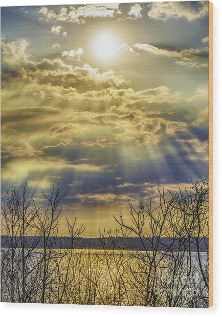 Glory Rays Wood Print