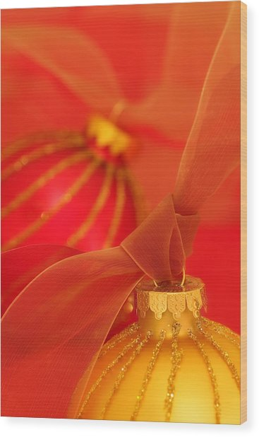 Gold And Red Ornaments With Ribbons Wood Print