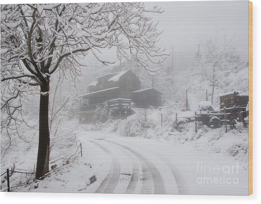 Gold King Mine In Snow Wood Print