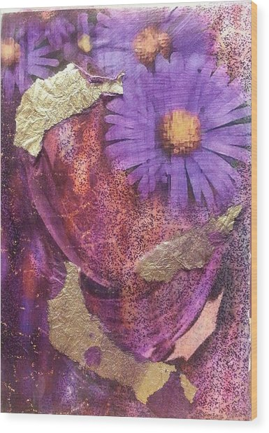 Golden Daisy Wood Print