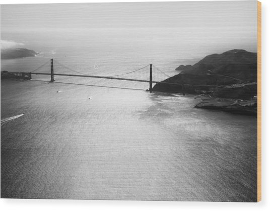 Golden Gate In Black And White Wood Print