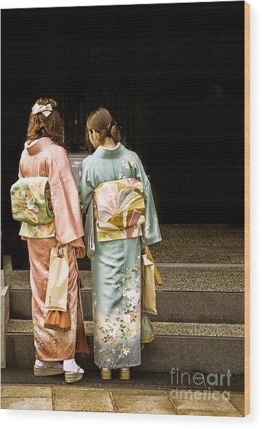 Golden Glow - Japanese Women Wearing Beautiful Kimono Wood Print
