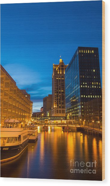 Golden Hour Milwaukee River Wood Print