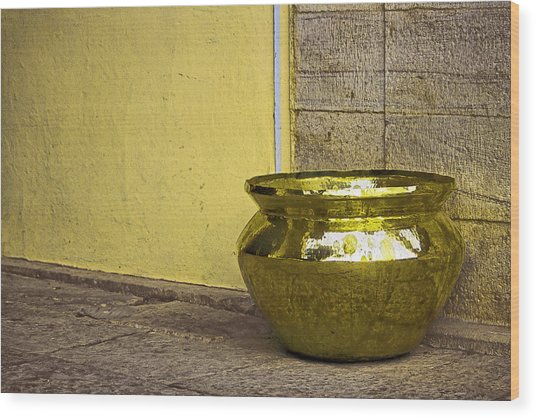 Golden Pot Wood Print