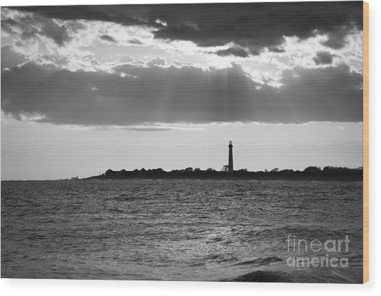 Golden Rays At Cape May Bw Wood Print