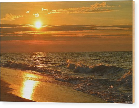 Golden Sunrise Colors With Waves And Horizon Clouds On Navarre Beach Wood Print
