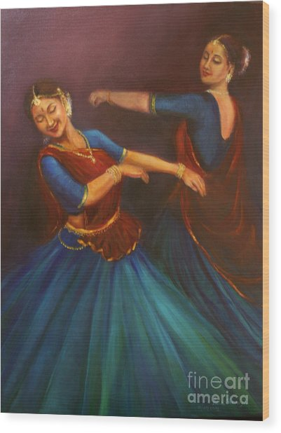 Gopis Dancing To The Flute Of Krishna Wood Print
