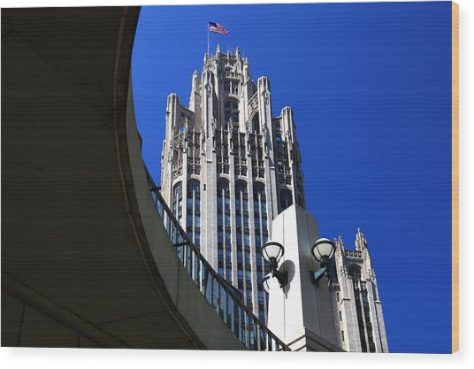 Gothic Tribune Tower Curve Wood Print