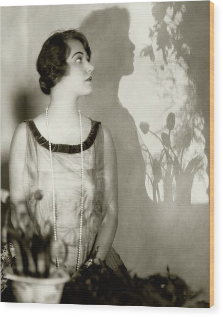 Grace Moore Wearing A Pearl Necklace Wood Print