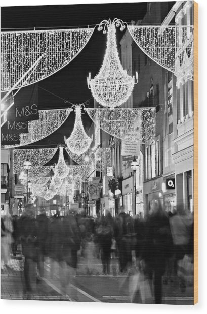 Wood Print featuring the photograph Grafton Street At Christmas / Dublin by Barry O Carroll