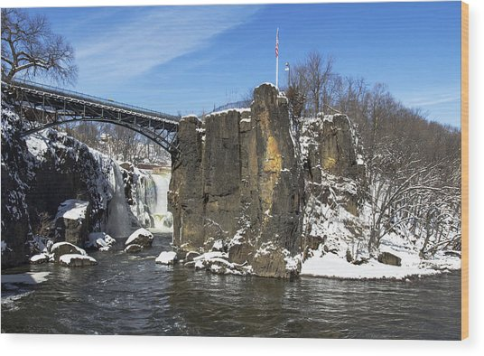 Great Falls In Color Wood Print