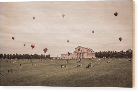 Great Forest Park Balloon Race Wood Print