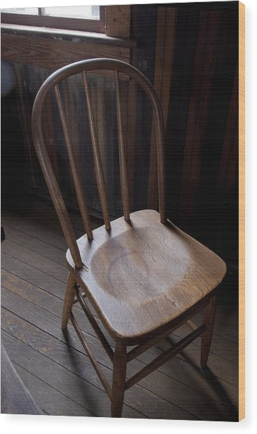 Great Old Chair Wood Print