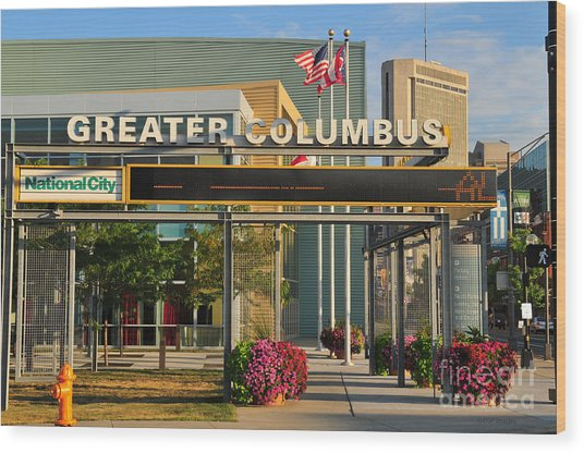 D8l-245 Greater Columbus Convention Center Photo Wood Print