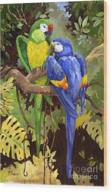 Green And Blue Tropical Macaw Wood Print