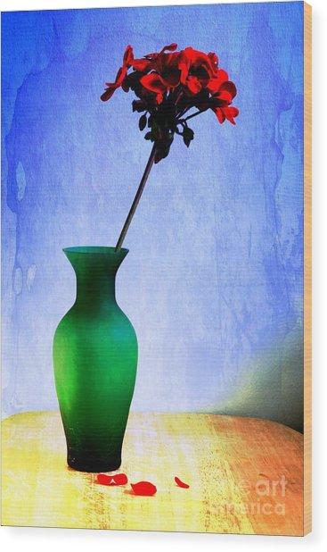Green Vase 2 Wood Print by Donald Davis