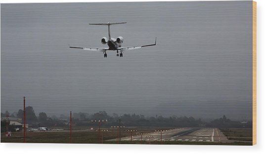 Gulfstream Approach Wood Print