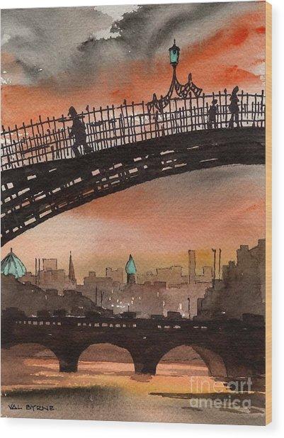 F 763 Ha Penny Bridge  Dublin 1 Wood Print